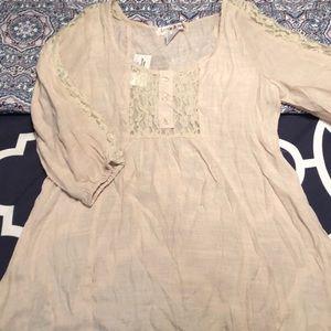 NWT 3/4 sleeve shirt
